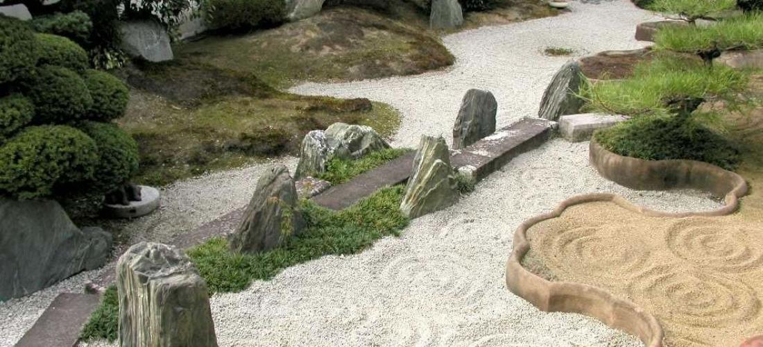 Resultado de imagem para jardim zen